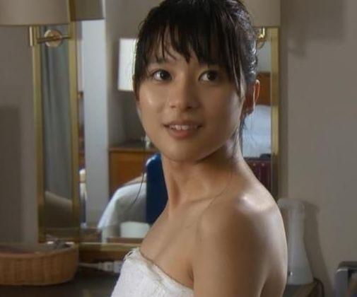 芳根京子エロ