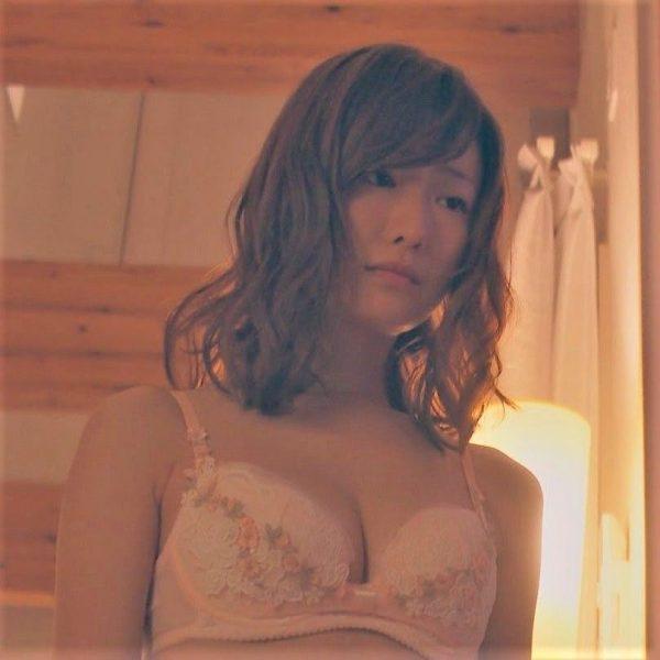 松本まりかのエロおっぱい画像